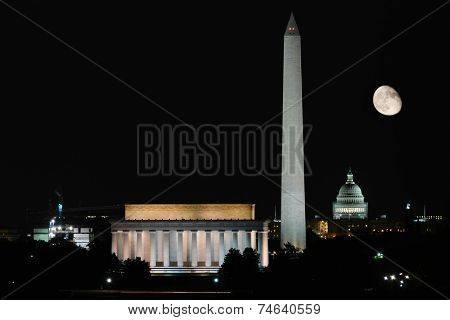 Washington DC - Full Moon at National Mall.
