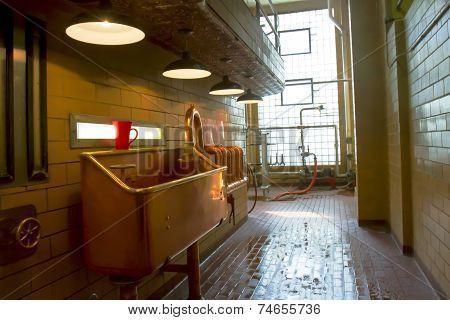 Copper Sink In Factory