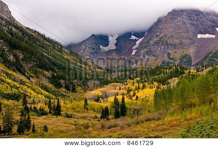 Maroon bells In fall Colors