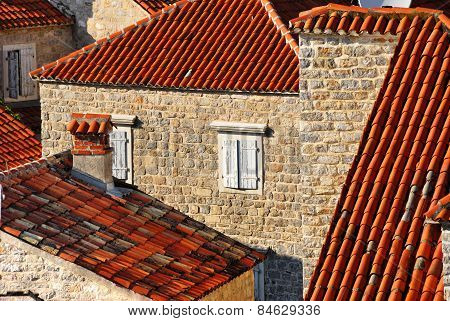 Montenegro, Roofs