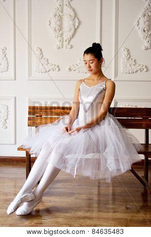 Sitting Ballet Actress