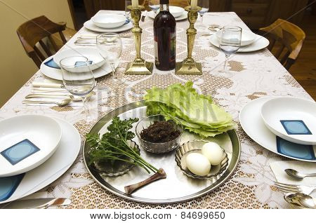 Judaism Jewish Holidays Passover Pesach Seder Table