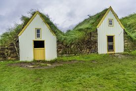 image of iceland farm  - Traditional Icelandic Turf Houses in West Iceland - JPG