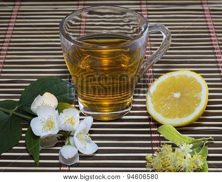 The Transparent Glass Of Lime Tea And Lemon