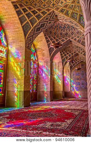 Nasir Al-Mulk Mosque praying room vertical