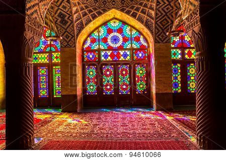 Nasir Al-Mulk Mosque interior