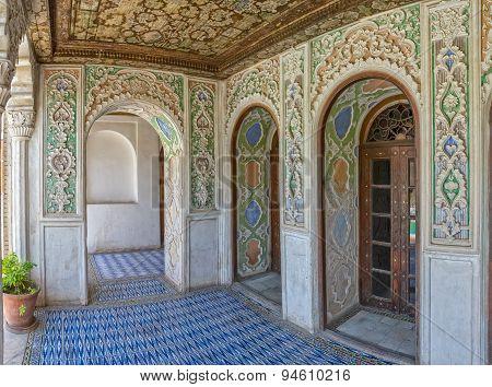 Zinat ol Molk House decoration