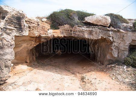 Cyclop's Cave Entrance