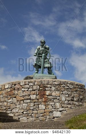 Statue of Dic Evans