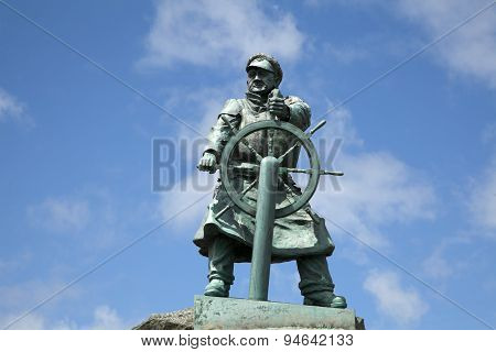 Statue of Dic Evans, Moelfre, Anglesey