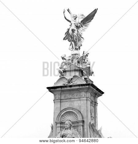 Historic   Marble And Statue In Old City Of London England