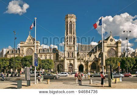 Church Saint-germain-l'auxerrois In Paris