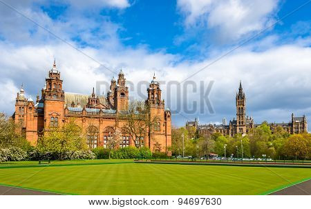 Kelvingrove Museum And Glasgow University - Scotland