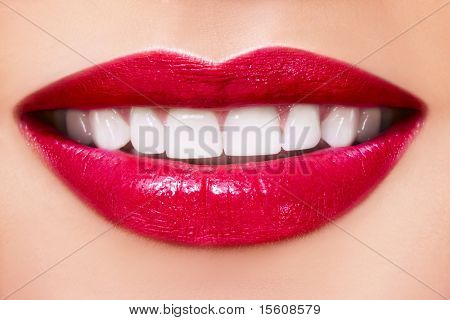 Woman smile with great teeth