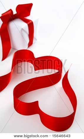 Red hearts next to the gift