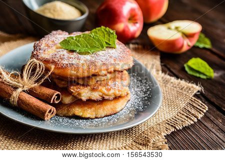 Sweet Apple And Curd Pancakes