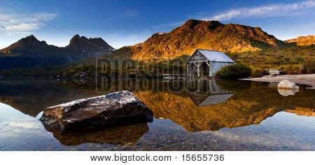 Beautiful Dove Lake Landscape