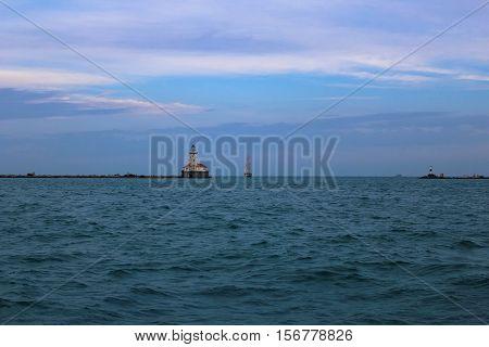 Iglesia en medio del lago de  Michigan, Chicago.