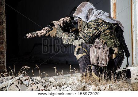 sniper aim target scope multicam ghillie suit