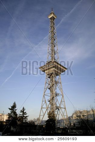 transmitter tower at sunset, berlin, germany