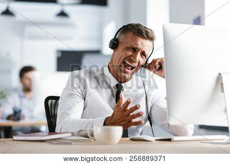 Photo of nervous businessman 30s