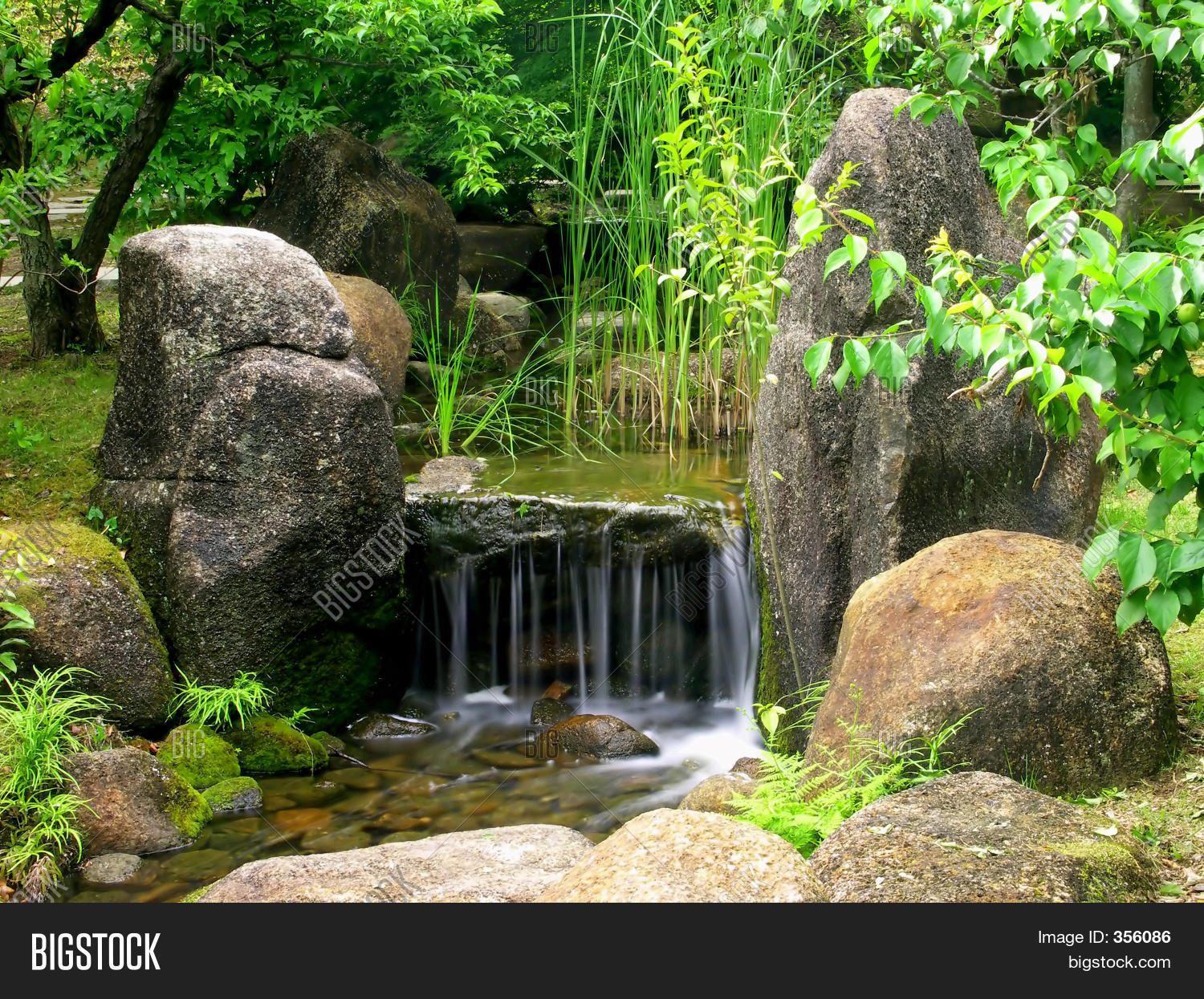 Japanese Water Garden Stock Photo Stock Images Bigstock