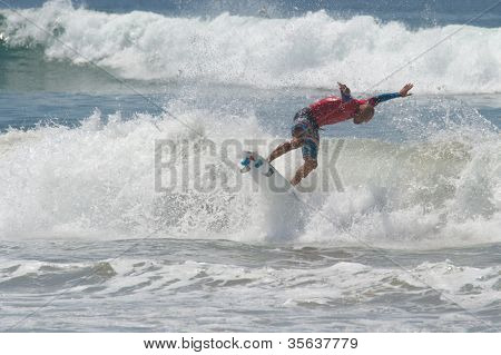 HUNTINGTON BEACH, CA - AUGUST 2: Kelly Slater competes in the Nike US Open of Surfing in Huntington Beach, CA on August 2, 2012