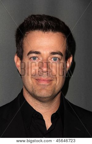 LOS ANGELES - MAY 8:  Carson Daly arrives at