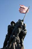 foto of iwo  - Iwo Jima Memorial dedicated to the U - JPG