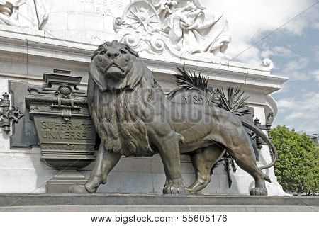 The lion and the universal suffrage ( 1848 ), the Republic Paris (France)