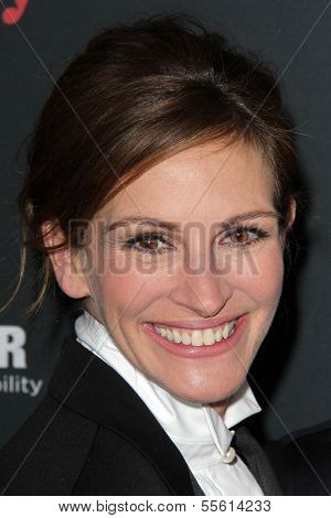 LOS ANGELES - DEC 16:  Julia Roberts at the