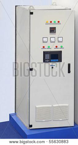 Industrial Voltage Regulator
