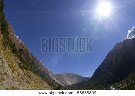 Beautiful Side-valley On The Way From Manang To Thorung Phedi, Annapurna Conservation Area, Nepal.