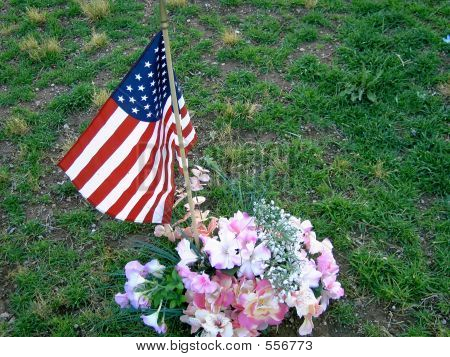 Heros Grave