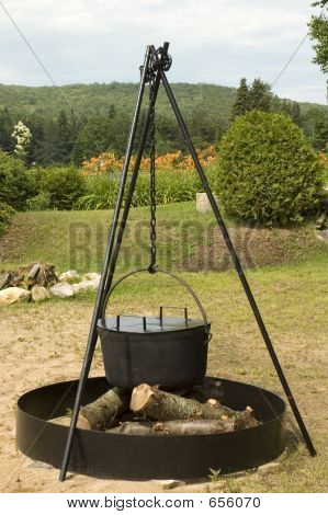 Beach Party Cooking Pot