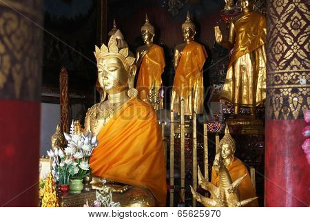 Buddha in Chinese style