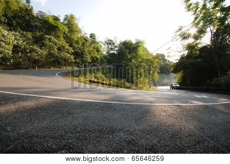 Half circle Road