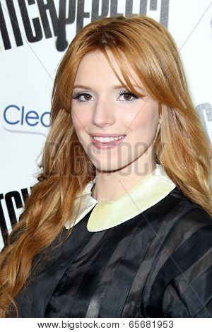 LOS ANGELES - SEP 24:  Bella Thorne arrives at the