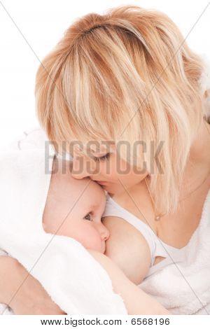 Borstvoeding moeder met haar pasgeboren Baby Girl