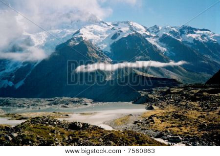 Mountainous view in New Zealand