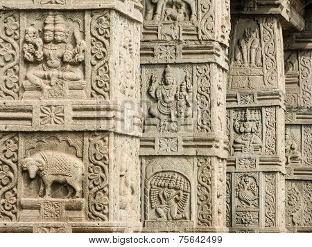 Temple PIllars - Nanjangud