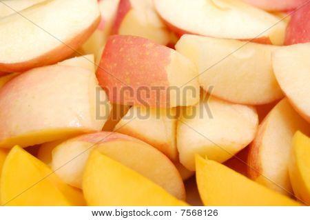 fruits: apple and mango