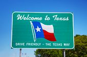 picture of texas state flag  - Welcome to Texas sign at the state border - JPG