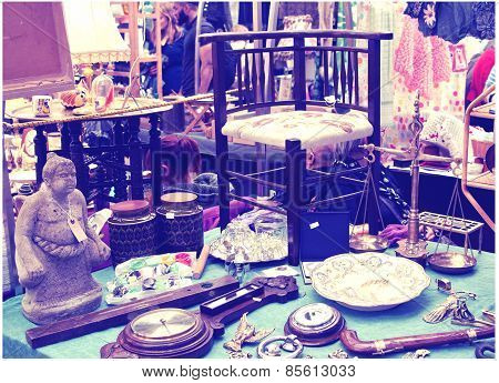 LONDON, UK - MAY 15, 2014: Antique display Greenwich market.