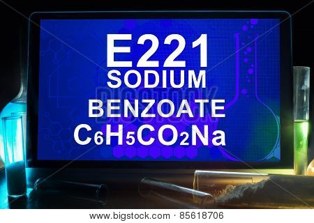 Tablet with chemical formula of  sodium benzoate e221.