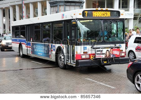 Chicago City Bus