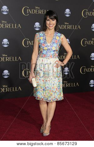LOS ANGELES - MAR 1: Constance Zimmer at the World Premiere of 'Cinderella' at the El Capitan Theater on March 1, 2015 in Hollywood, Los Angeles, California