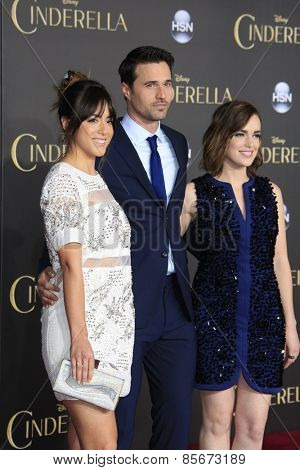 LOS ANGELES - MAR 1: Chloe Bennet, Brett Dalton, Elizabeth Henstridge at the World Premiere of 'Cinderella' at the El Capitan Theater on March 1, 2015 in Hollywood, Los Angeles, California