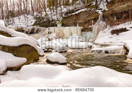 Icy Great Falls Of Bedford