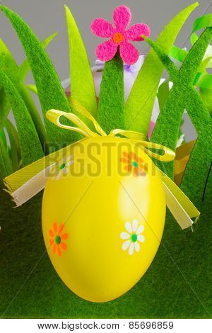 Green Grass Box With Easter Egg